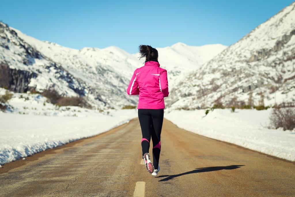 Jak ćwiczyć zimą