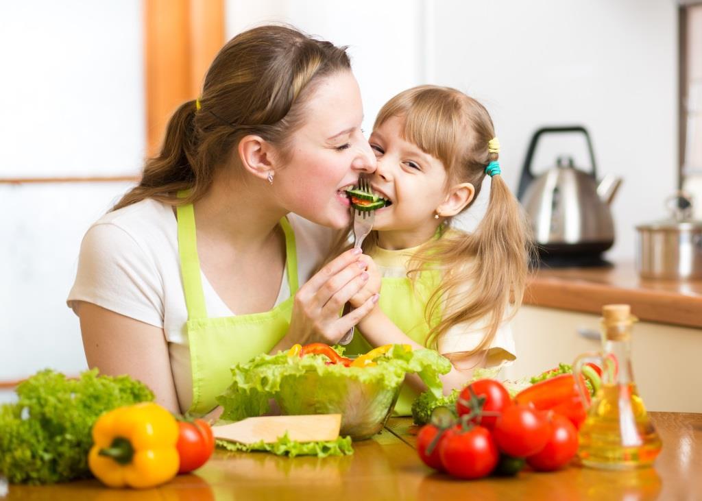 Zachęć dziecko do jedzenia warzyw