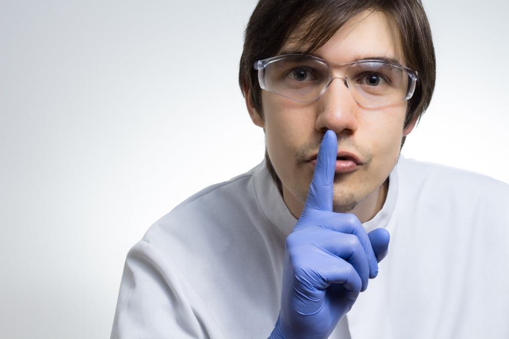 Диагностические перчатки - врачу мало рукопожатия