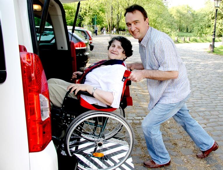 asystent osoby niepełnosprawnej