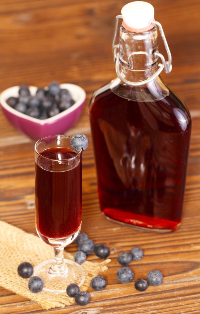 nalewka z czarnych jagód