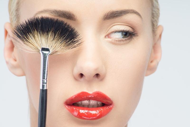 błędy w makijażu