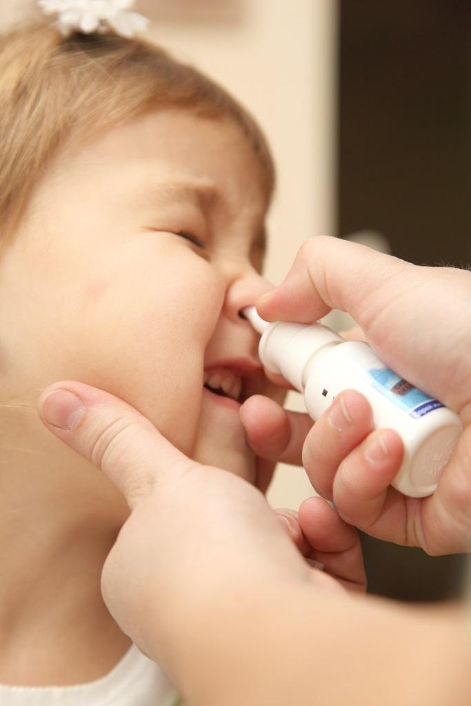 jak udrożnić nos dziecka