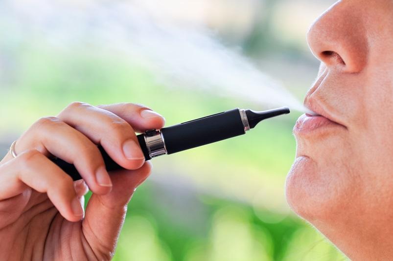 Randki z palaczem zagrożenia dla zdrowia