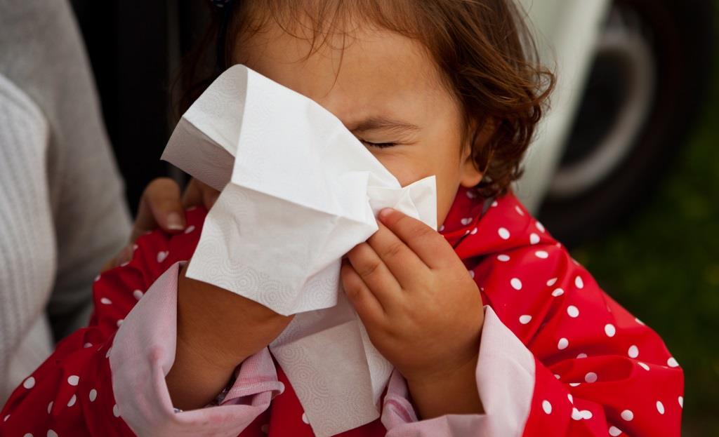 jak nauczyć dziecko dmuchać nos