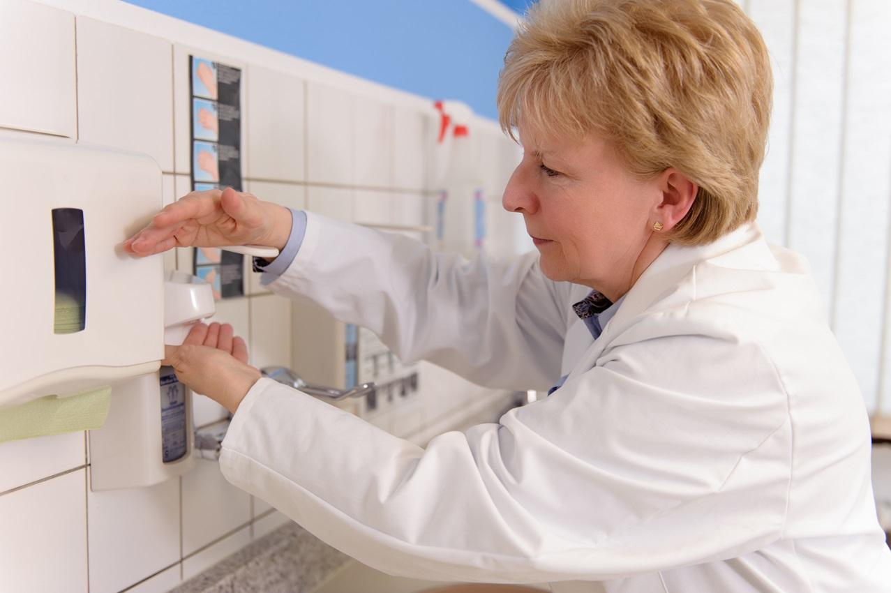 В каждой третьей больнице не проводят дезинфекцию рака