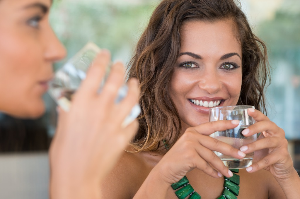 picie wody w czasie karmienia piersią