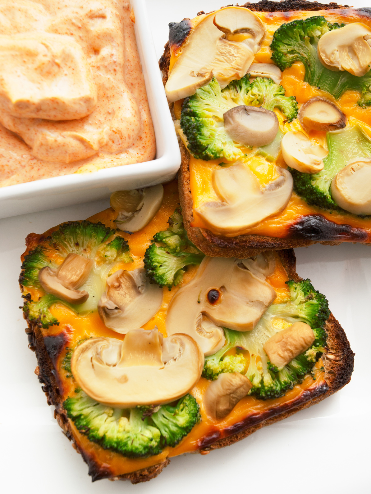tosty z grzybami