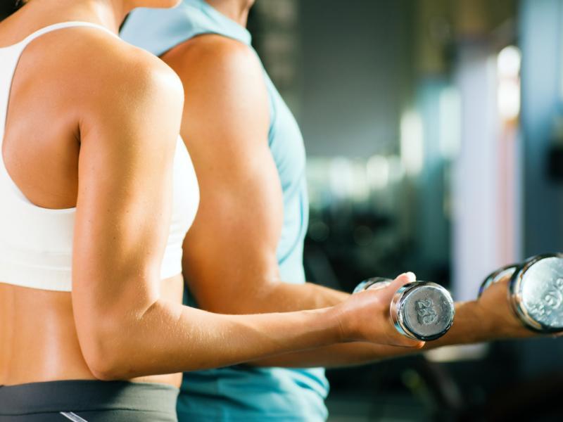 Ćwiczenia na ładne plecy i ramiona