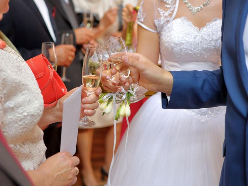 Ile włożyć do koperty na ślub