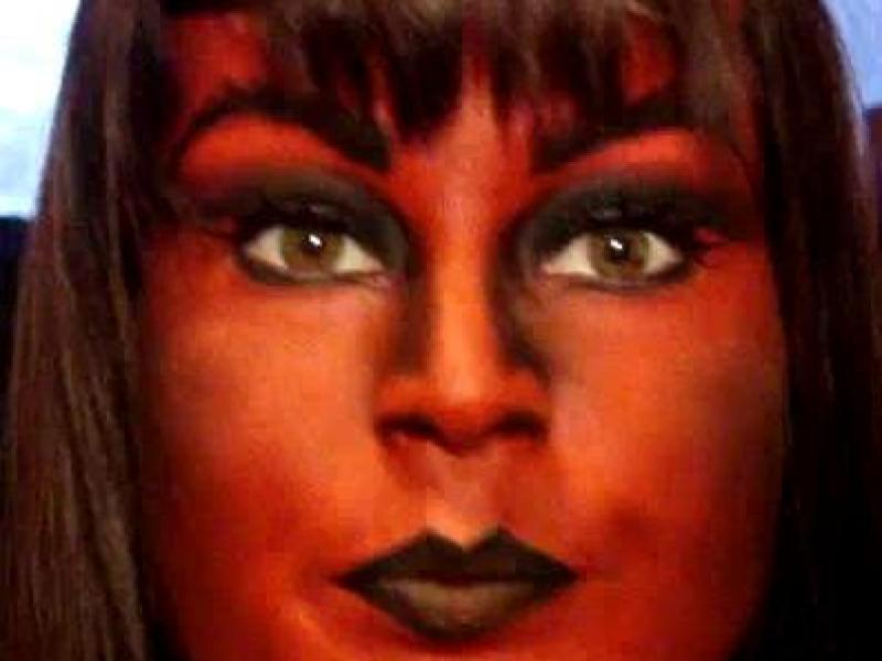 Diabelski makijaż