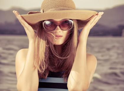 Jak chronić oczy przed słońcem, gdy mamy wadę wzroku?