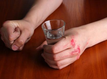 Jak alkohol wpływa na uczucia?