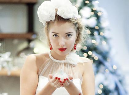 Panna młoda jak śnieżynka - świąteczna sesja ślubna