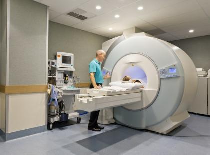 Czy rezonans magnetyczny szkodzi zdrowiu?