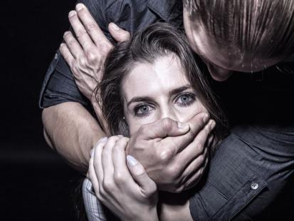 Jesteś ofiarą przemocy domowej? Poznaj 5 rad, jak się uwolnić od prześladowcy