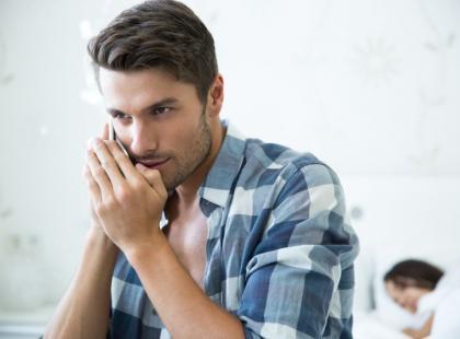 7 najbardziej typowych oznak, że on cię zdradza