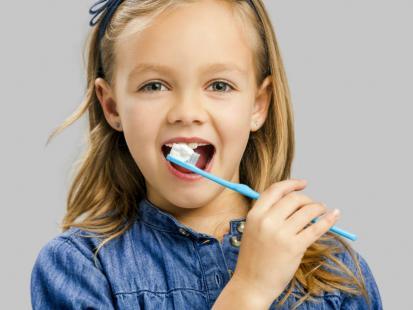 Naturalny i zdrowy zamiennik pasty do zębów dla dzieci