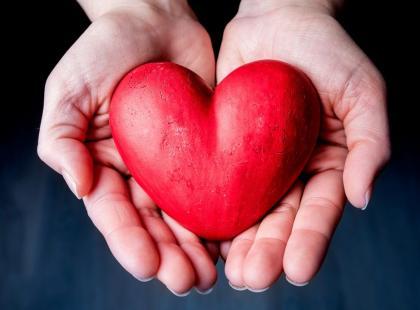 Kołatanie serca – jak je rozpoznać i leczyć?