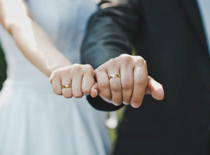 W jakim wieku zawrzeć małżeństwo? Poznaj wyniki badania!