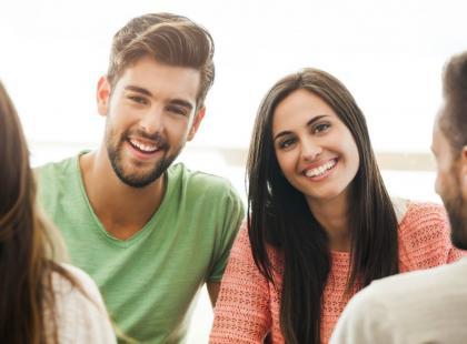 7 karygodnych zachowań wobec partnera w towarzystwie