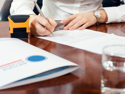 Jak załatwić potwierdzenie spadku u notariusza?