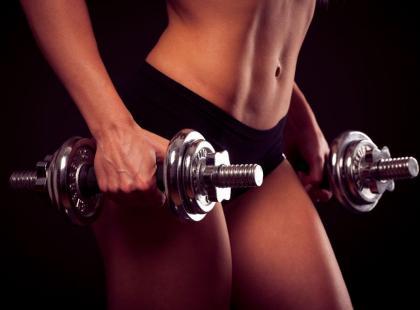 10 zasad spalania tłuszczu i budowania mięśni