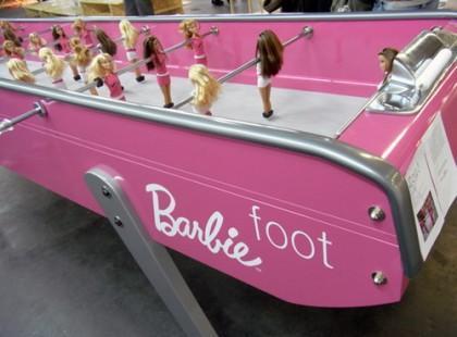 Barbie jako piłkarz... stołowy