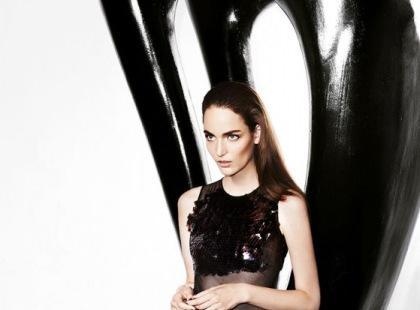 Zuzanna Bijoch w kampanii Simple na jesień i zimę 2013/14