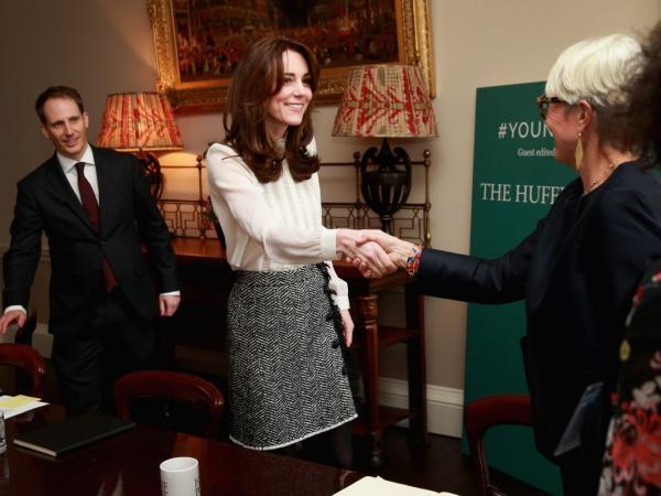 księżna Kate w spódnicy Dolce & Gabbana