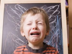 Co robić, kiedy dziecko wpada w histerię?