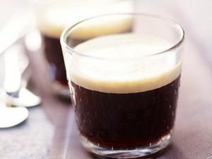 Co warto wiedzieć o kawie bezkofeinowej?