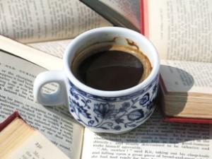 Jak poradzić sobie z bólem głowy po kawie?