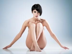 Czym manifestuje się grzybica skóry gładkiej?