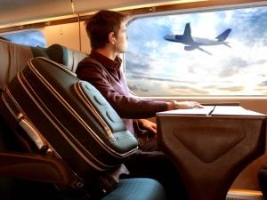Sennik: podróż pociągiem, samochodem, samolotem