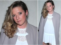 Lara Gessler w bardzo krótkiej sukience