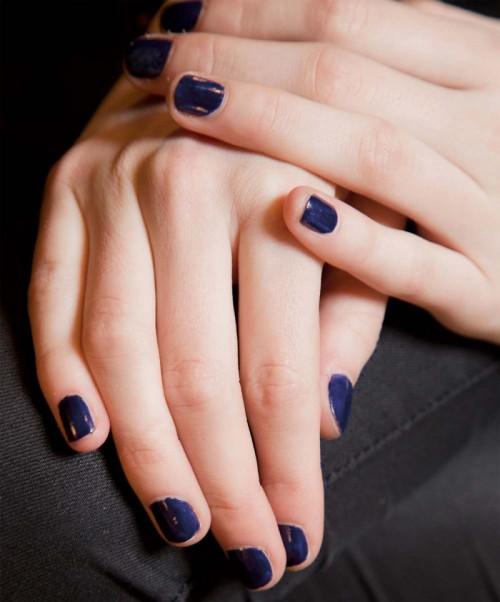 modne kolory paznokci na jesień 2012, manicure jesień 2012