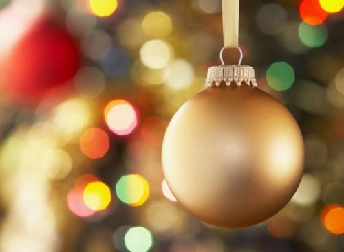 Jak udekorować choinkę - dekoracje i ozdoby swiąteczne