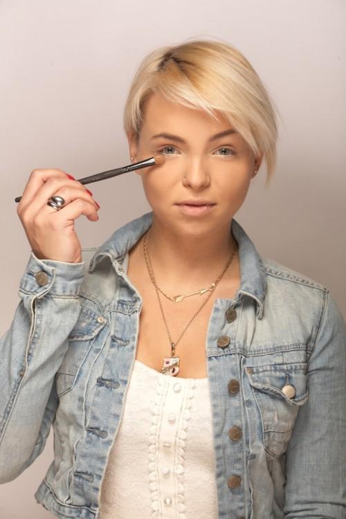 Makijaż w klimacie wiosenno-letnim Make Up MAKE UP STORE Modelka Candy Foto Hadrian Kubasiewicz