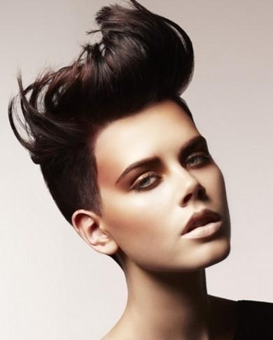Fryzura Angelo Vallillo - krótkie włosy