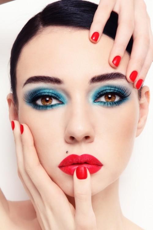makijaż, powieki, kobieta, twarz, usta, paznokcie