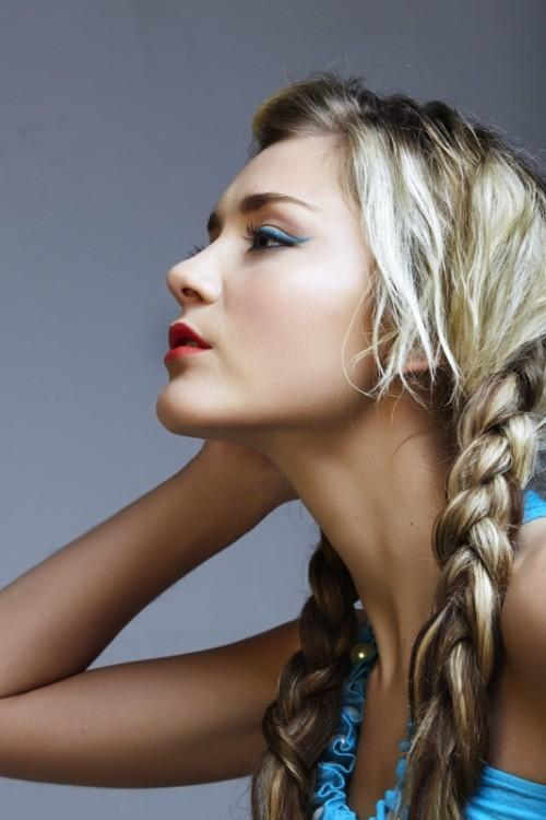 warkocze, makijaż, fryzjer, kobieta