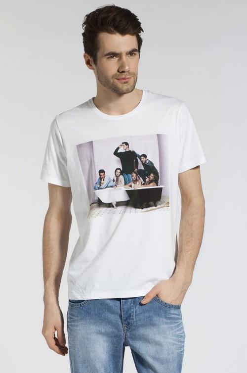 """Reporter - kolekcja T-shirtów i koszulek z nadrukiem z serialu """"Friends"""" - wiosna 2013"""