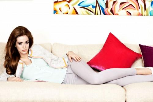 Marka Amisu w swojej kolekcji wykorzystała jeden z największych trendów tej wiosny, żakiet Chanel