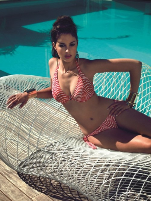 Model St. Louis, Kostiumy kąpielowe Freya - lato 2013