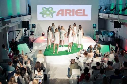 """Kolekcja """"Power Capsules"""" Ariel Fashion Show"""