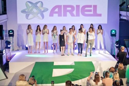 """Projektanci i kolekcja """"Power Capsule"""" - Ariel Fashion Show"""