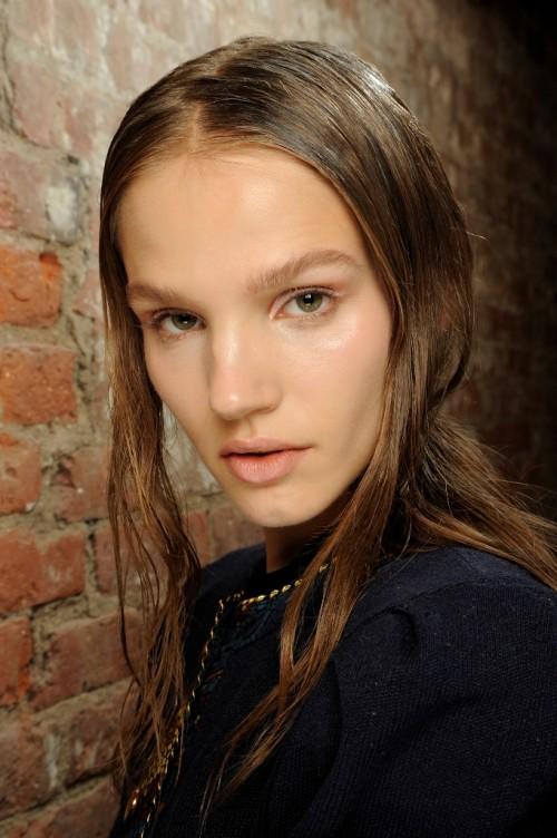 Makijaże z tygodnia mody w Nowym Yorku - wiosna-lato 2014 - trendy - Theyskens' Theory