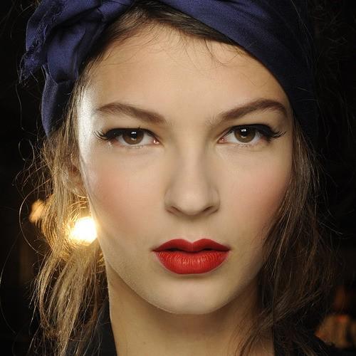 makijaże wiosna-lato 2014 - trendy - tydzień mody w Paryżu - pokaz Alexis Mabille