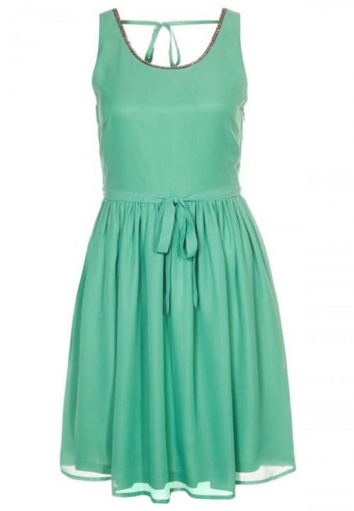 pastelowa, grzeczna sukienka, Even&Odd, Zalando.pl, cena: 159 zł